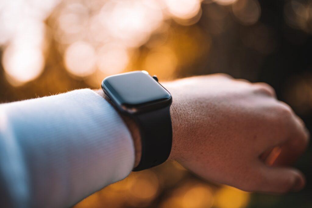 Apple Watchを装着しているときの画像
